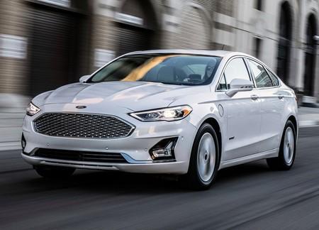 Los días del Ford Fusion llegan a su fin: la producción en México termina para abrir paso a Bronco Sport