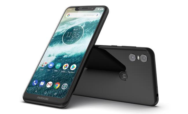 Motorola One y One Power: el reinicio de Motorola viene de la mano de Google, con doble cámara y notch
