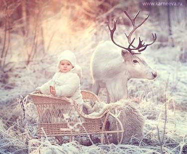 ¡Vas a morir de amor! Preciosas fotos invernales de niños y animales