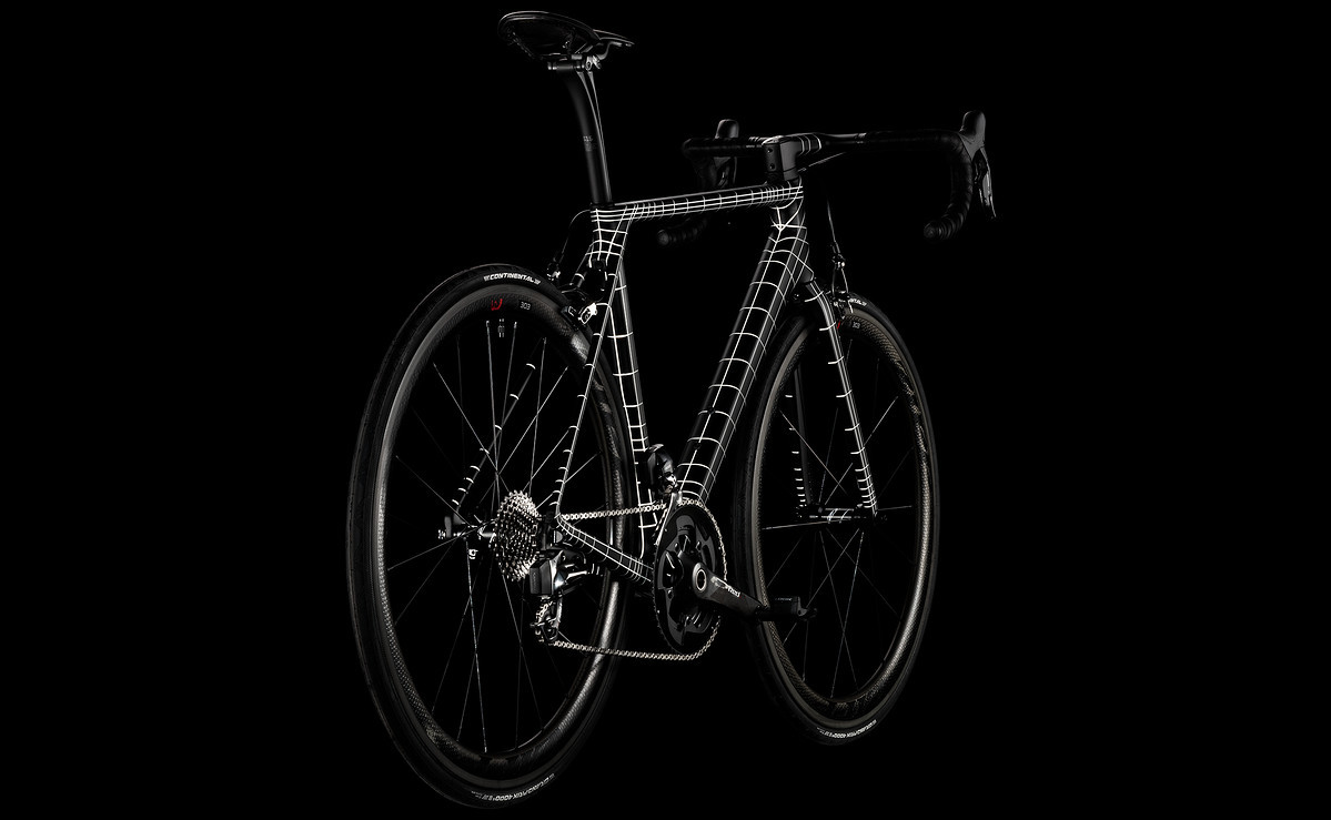 Foto de Canyon Ultimate CF SLX Kraftwerk (1/11)