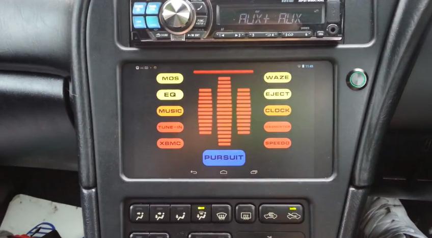 Nexus 7 instalado en un coche