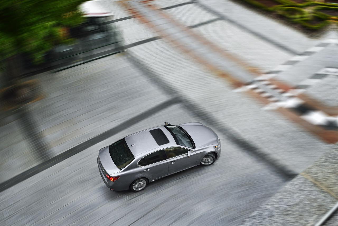 Foto de Lexus GS 300h (16/153)