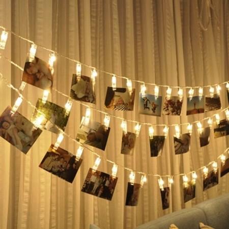 En Amazon tienes esta guirnalda de luces para colgar fotos por 9,99 euros y envío gratis