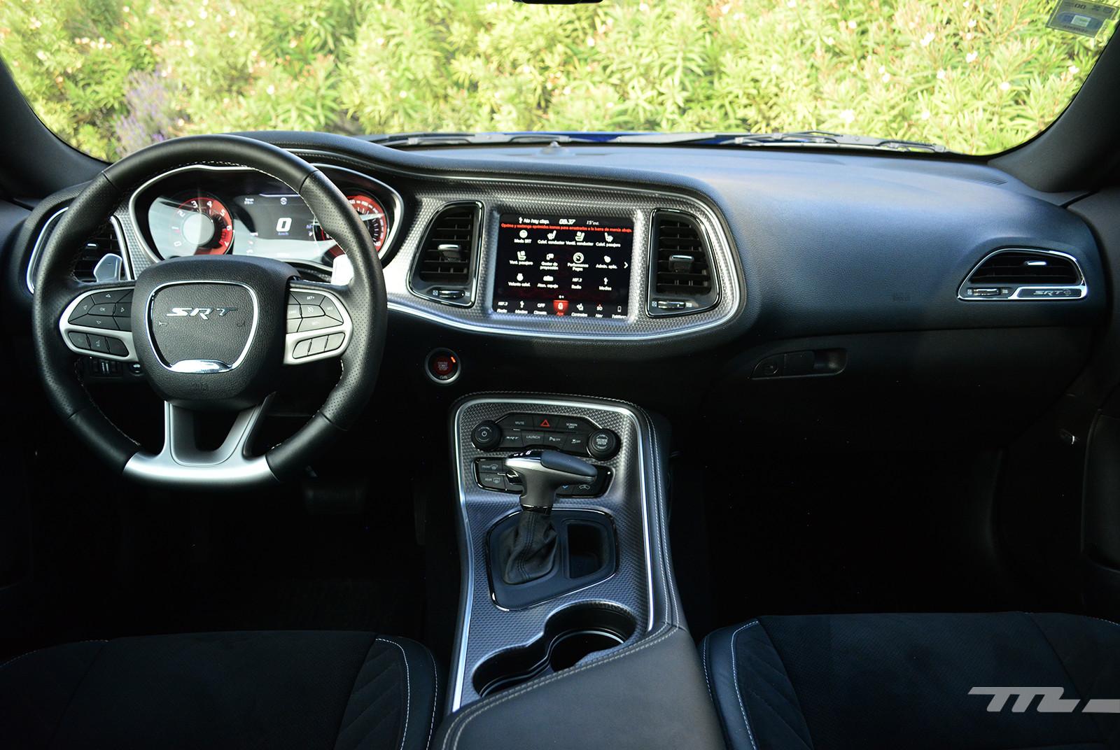 Foto de Dodge Challenger SRT Hellcat Widebody Redeye (prueba) (13/22)