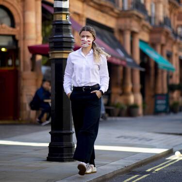 11 camisas de El Corte Inglés que tienen descuento, son de firmas conocidas y forman parte del fondo de armario perfecto