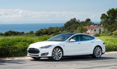 Tesla Model S blanco 20