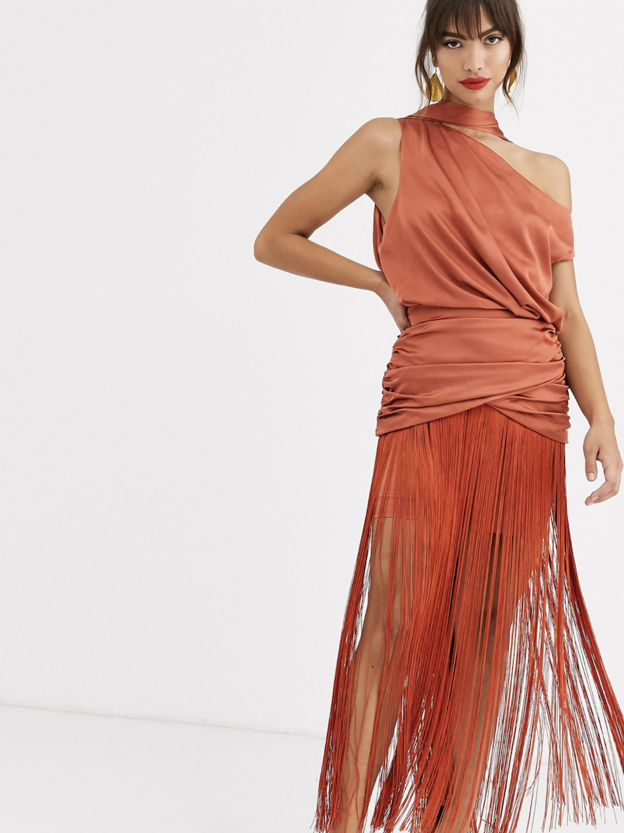 Vestido largo asimétrico con flecos y parte superior en satén de ASOS DESIGN