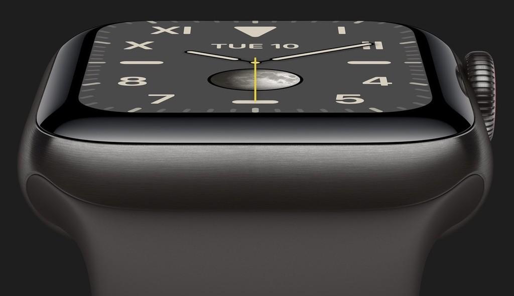 Los <strong>Apple℗</strong> Watch Series 5 de titanio, hasta un 13% más ligeros que los de acero inoxidable»>     </p> <p>He aquí una de las mejorías del titanio como material también de su calidad: su ligereza. Tras haber anunciado una cifra errónea y corregirla, ahora conocemos que los nuevos prototipos del <a href=
