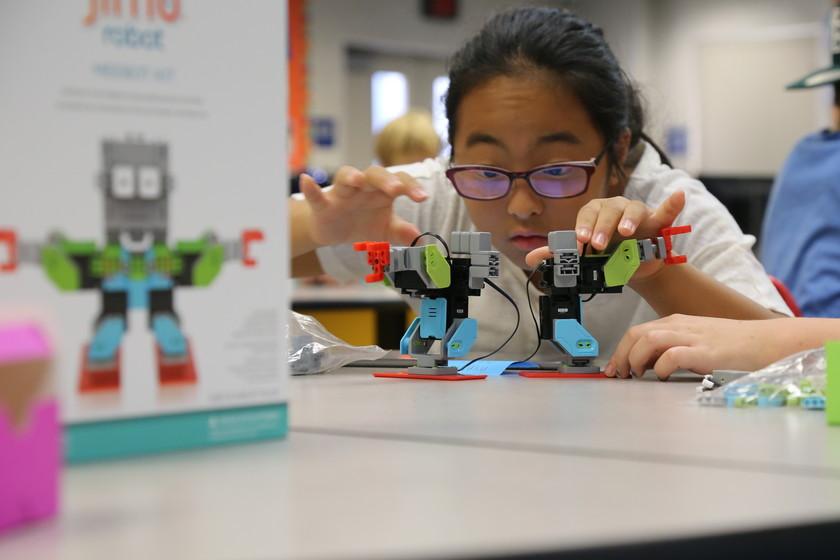 5a5fc23190d 37 regalos para niños y adolescentes para promover las vocaciones en  informática y programación