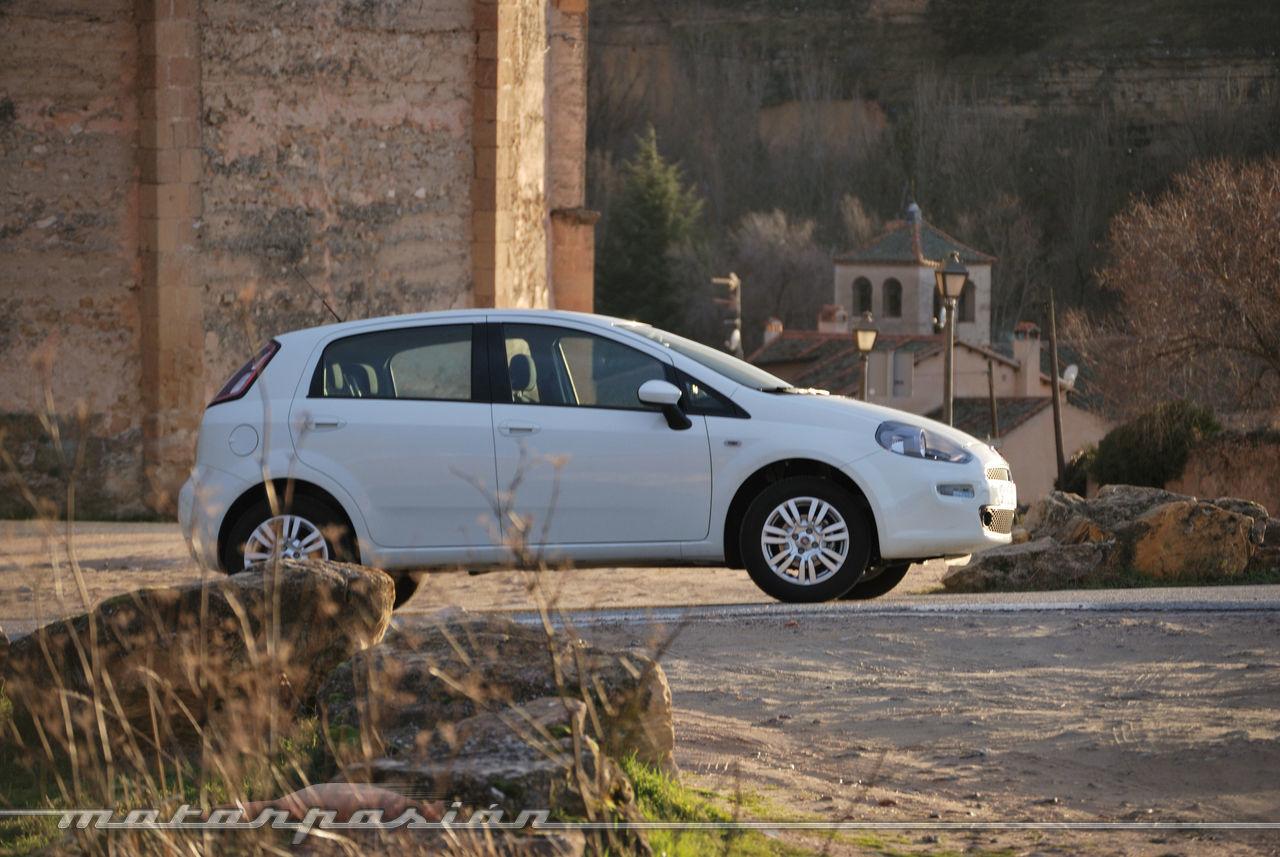 Foto de Fiat Punto 1.4 GLP (prueba) (41/70)