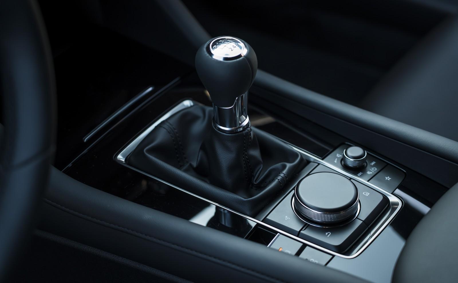 Foto de Mazda3 2019 (90/128)