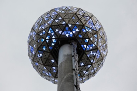 New Year's Eve Ball 01