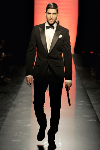 Foto de Jean Paul Gaultier Otoño-Invierno 2011/2012 en la Semana de la Moda de Paris (1/40)