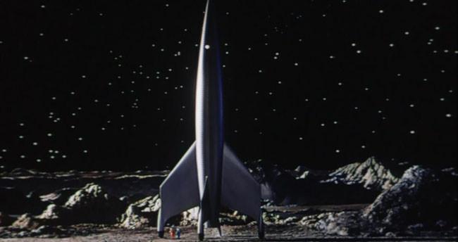 Con destino a la luna 3