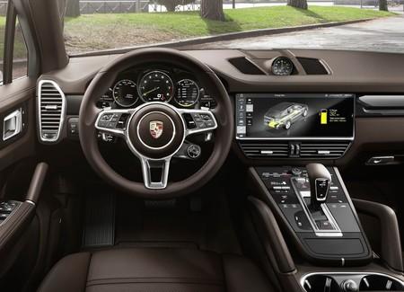 Porsche Cayenne E Hybrid 6