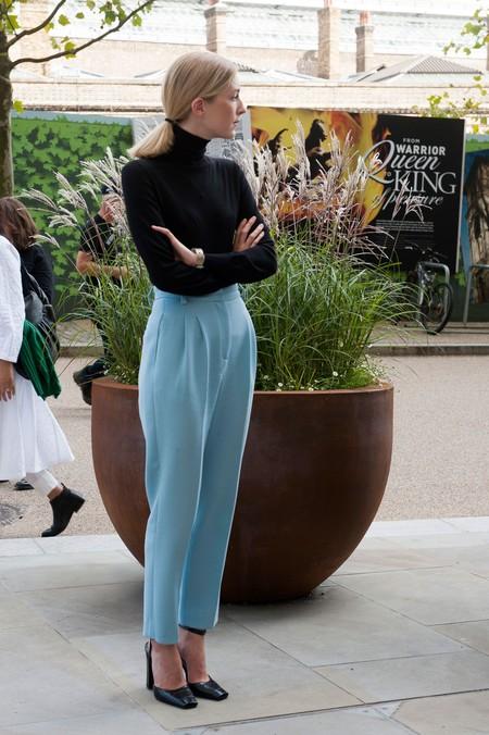 pantalon en tonos pastel