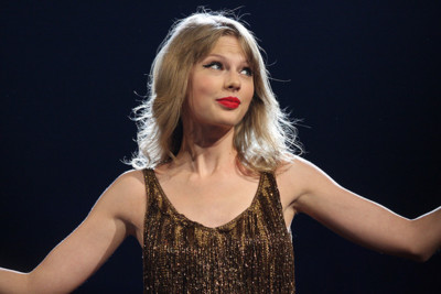 Taylor Swift ha recibido 500 000 dólares de Spotify en los últimos doce meses, según su sello discográfico