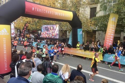 Behobia-San Sebastián desde dentro: así hemos vivido los 20 kilómetros más animados de la temporada (y las claves de la carrera)