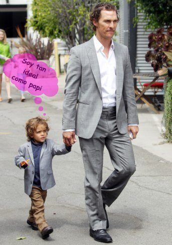 Oig que me derrito con Matthew McConaughey y su mini-él