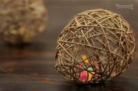 Hazlo tú mismo: huevos de Pascua al estilo Random Light