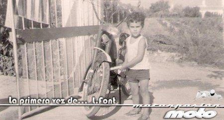 La primera vez de L.Font en una moto (bueno, un ciclomotor)