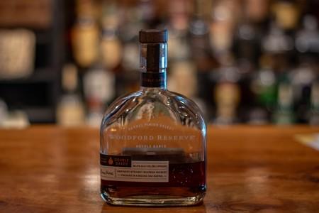 Foto 08 Woodford Reserve Un Straight Kentucky Bourbon