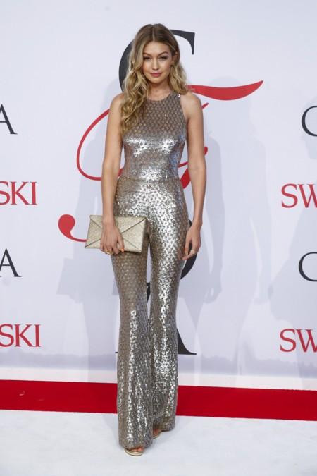 Gigi Hadid Michael Kors Mono Jennifer Lopez 2