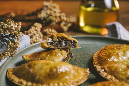 Empanadas al horno con ingredientes de temporada para saborearlos en todo su esplendor