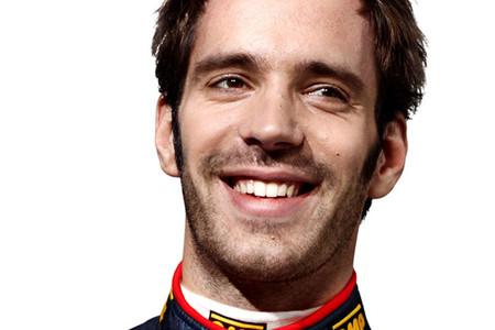 Jean-Eric Vergne aún cree tener opciones para ser piloto Red Bull en 2014