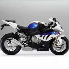 Foto 2 de 145 de la galería bmw-s1000rr-version-2012-siguendo-la-linea-marcada en Motorpasion Moto