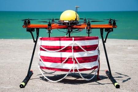 Los vigilantes de la playa tienen un aliado en los drones