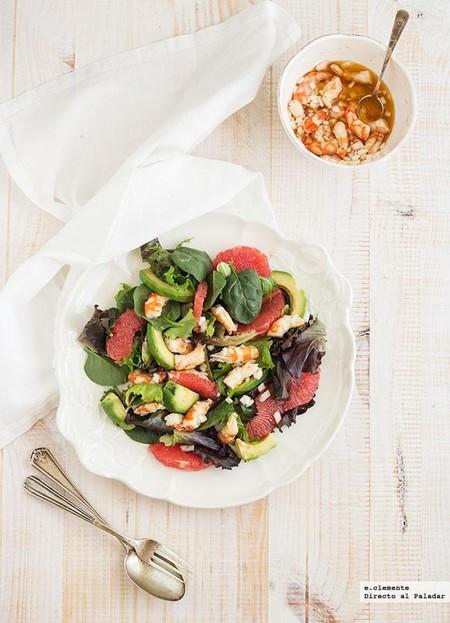 Ensalada de langostinos, pomelo y aguacate: receta para dar la bienvenida a la primavera