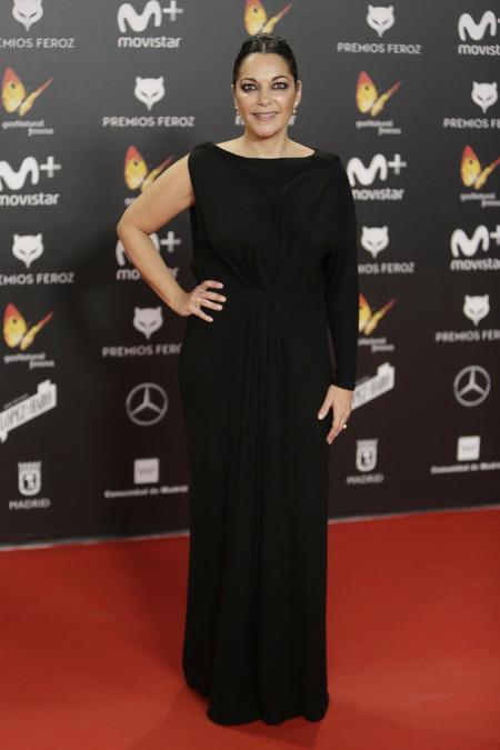 premios feroz alfombra roja look estilismo outfit Cristina Plazas