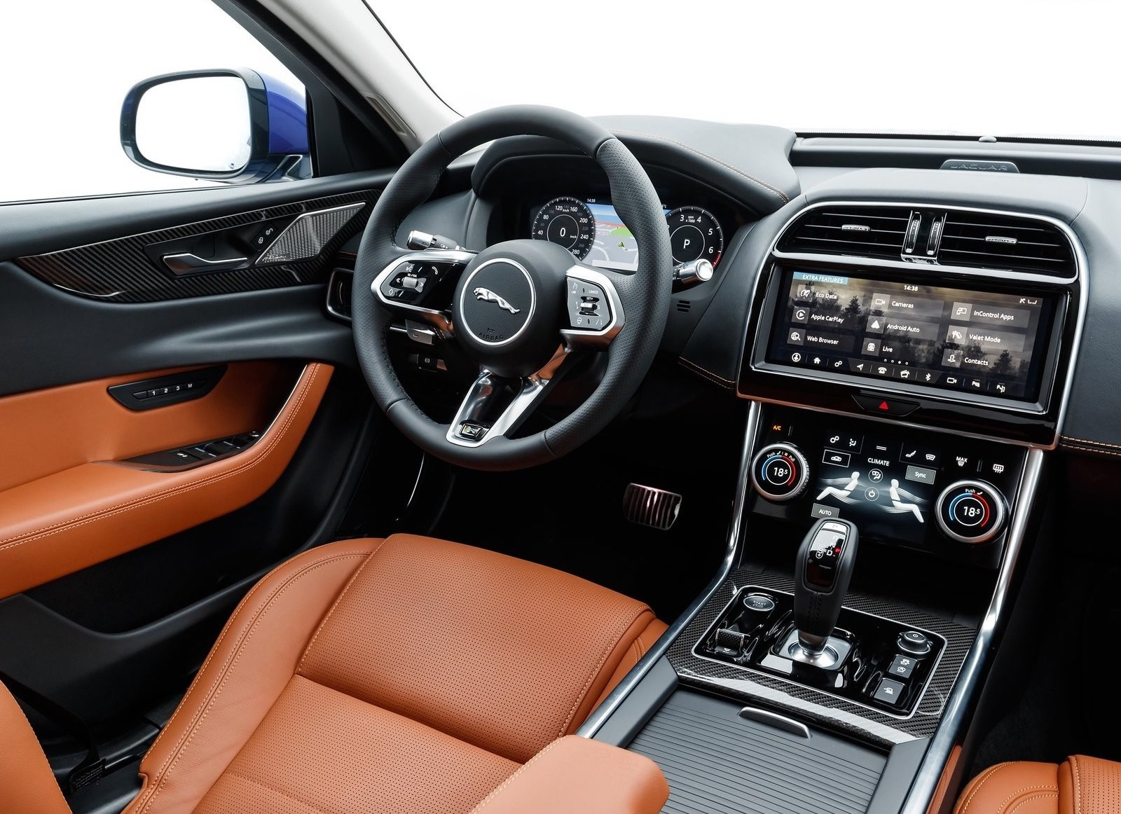 Foto de Jaguar XE 2020 (14/16)