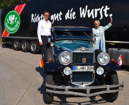Heidi Hetzer ya da la vuelta al mundo con un viejo Hudson