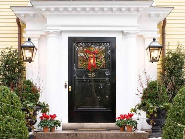 ccoronas-portadahristmas-door-decorating-1