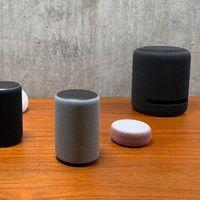 24 accesorios para altavoces Amazon Echo: fundas, soportes, bases y más