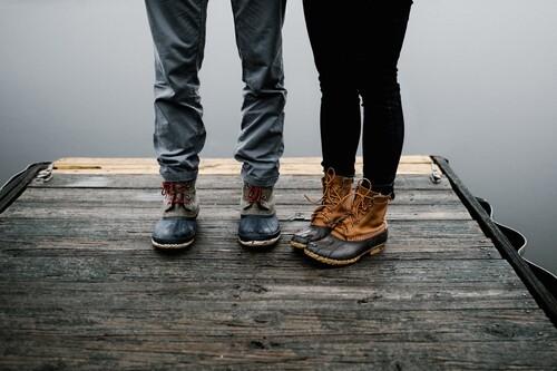 Chollos en tallas sueltas de botas y zapatos Geox, Clarks o Dockers en Amazon