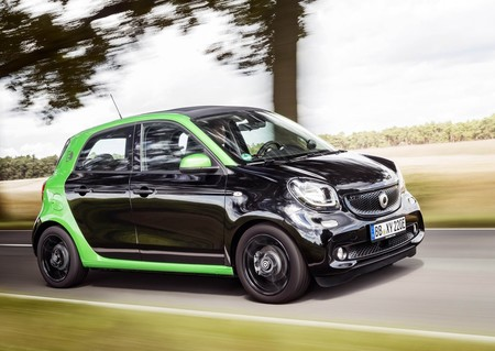 Smart Forfour Electric Drive 2017 1280 05