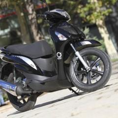 Foto 6 de 53 de la galería mx-motor-c5-125-primer-scooter-de-rueda-alta-de-la-marca-espanola en Motorpasion Moto