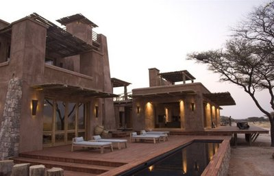 "Yo tenía una granja en África... ""Onguma  the Fort"" en Namibia"