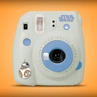 Instax Mini 9 edición especial de 'Star Wars' hasta por menos de 900 pesos en Amazon México y envío gratis con Prime