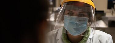 Estados Unidos reconoce por primera vez que el coronavirus se transmite por el aire: qué significa y qué implicaciones tiene para nosotros