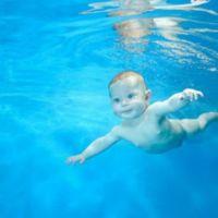¿Por qué en un parto en el agua el niño no muere ahogado?