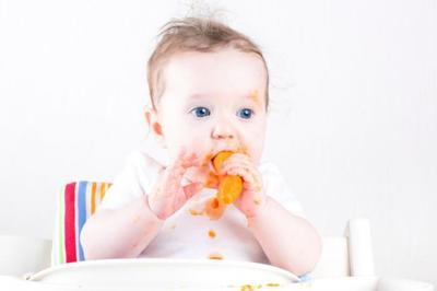 ¿Cuándo empezó tu bebé a comer trozos? La pregunta de la semana