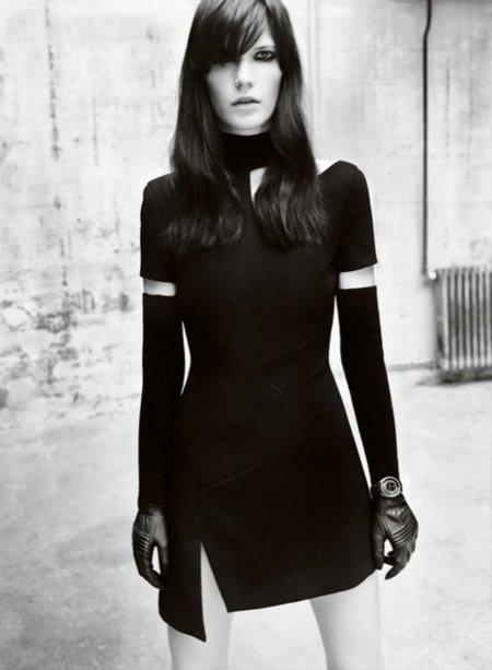 Versace, campaña Otoño-Invierno 2010/2011 con Iselin, Anna y Valerija: la necesidad de un buen bocata II