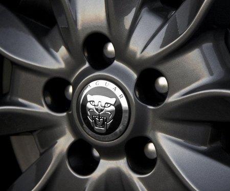 Jaguar piensa en un crossover
