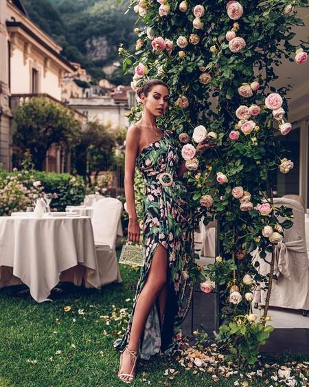 Los vestidos de invitada con los que deslumbrar en una boda civil