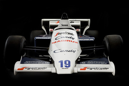 El primer Fórmula 1 de Ayrton Senna saldrá a subasta