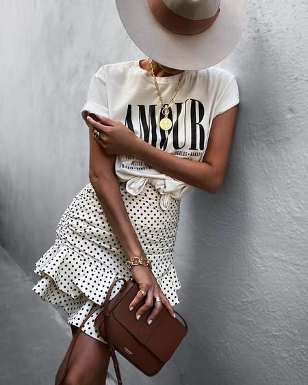 De lunares y con volantes: así es la minifalda de Zara más buscada del momento (todavía está disponible)